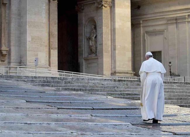 Con il dolore dell'umanità… un gesto di speranza in Papa Francesco